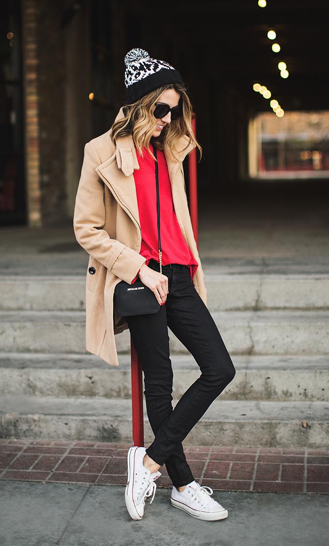 black_and_white_beanie_hello_fashion