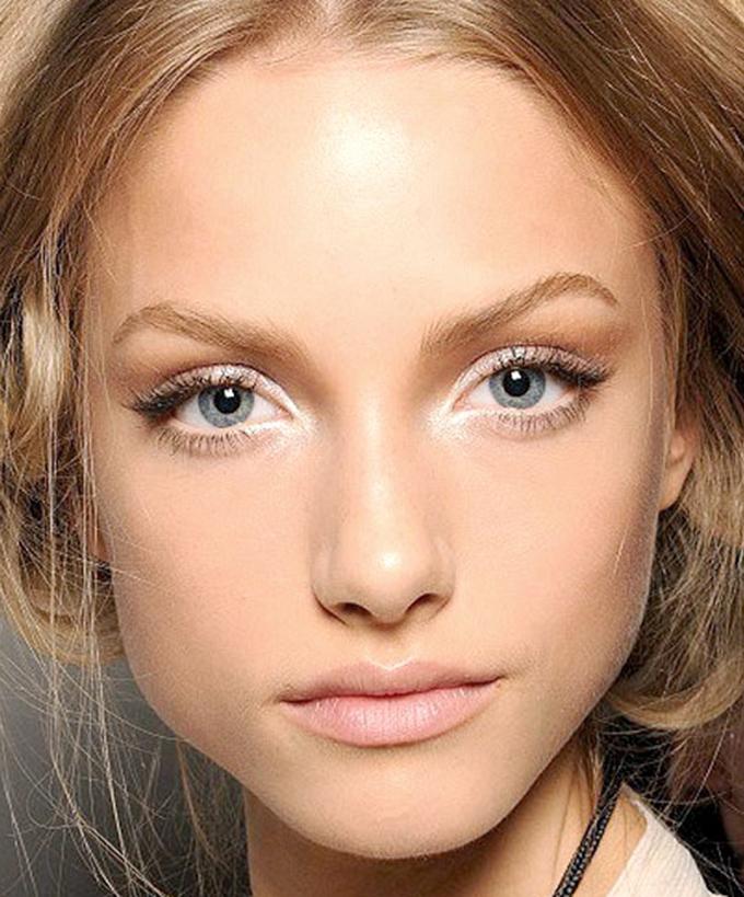 whiteeye makeup