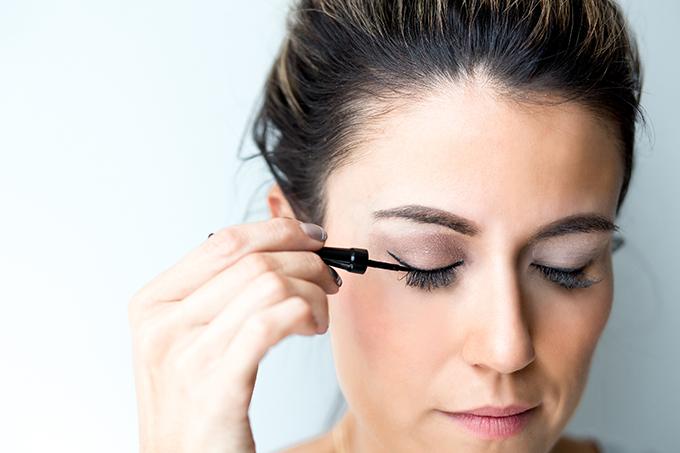 eye liner hello fashion