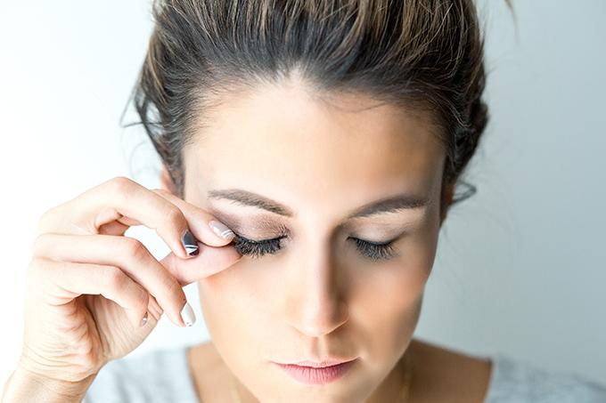 false lashes hello Fashion