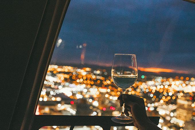 toast to wine