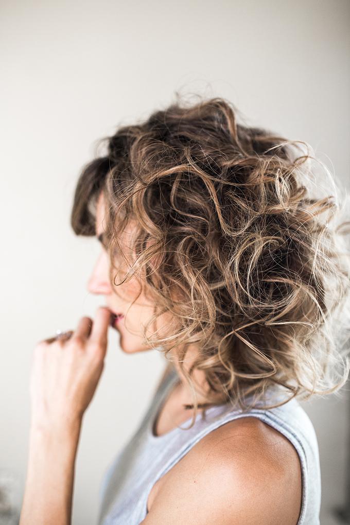 tight curls hello fashion