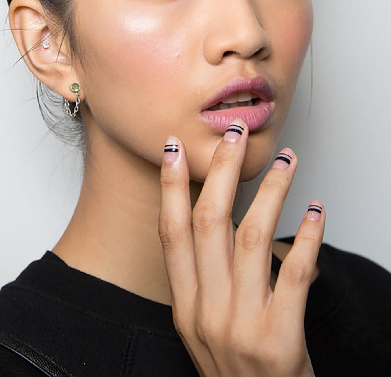 simple black striped nail polish