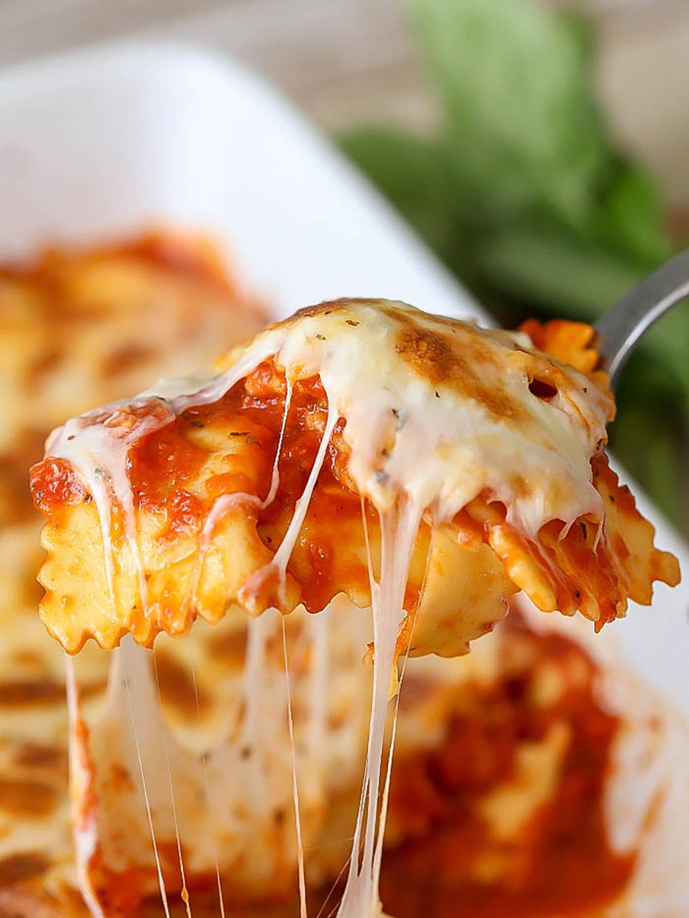 easy-cheesy-ravioli-bake-3-2