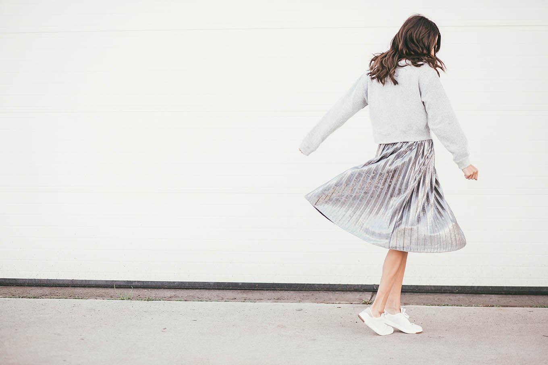 ily couture monochromatic gret