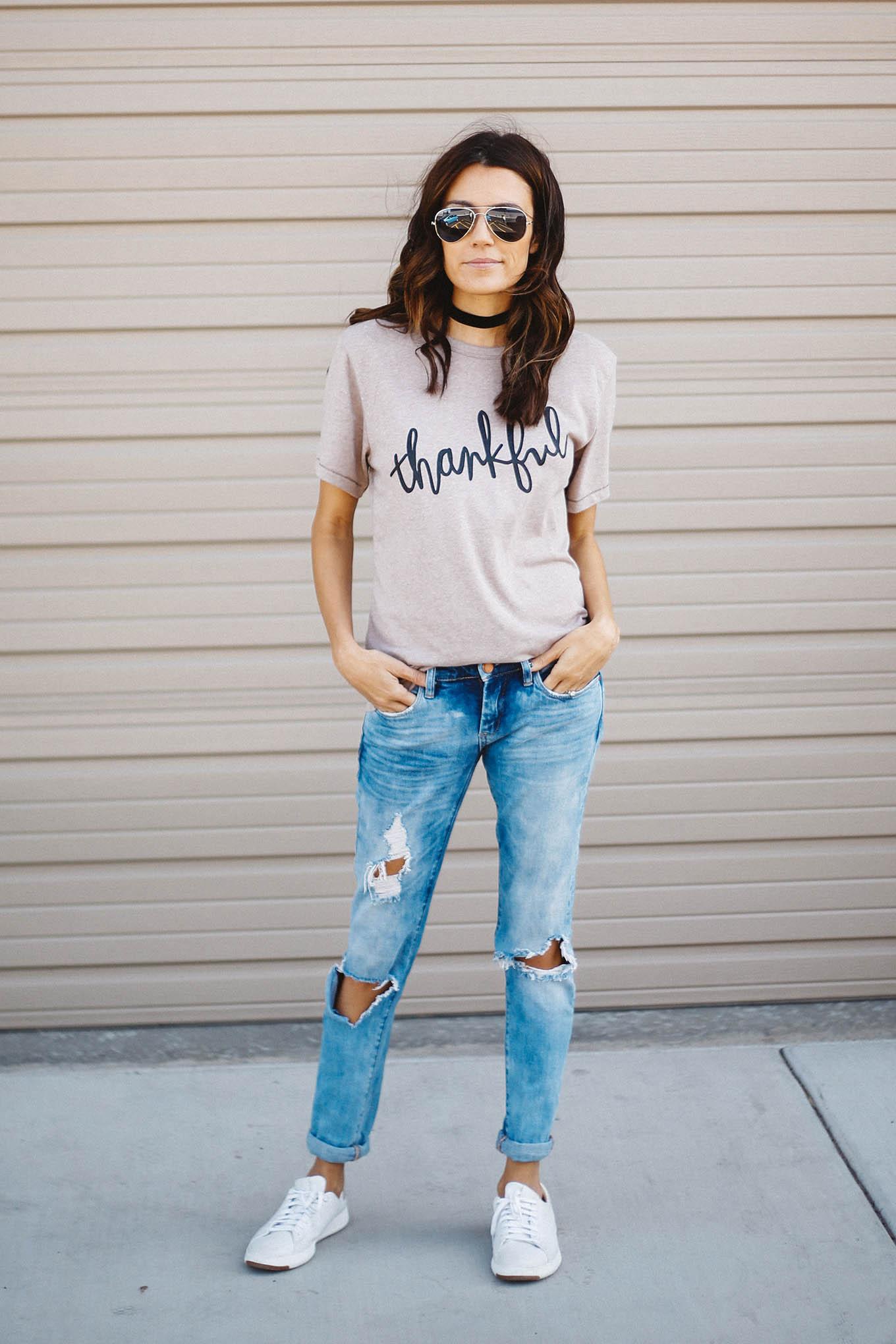 thankful tee hello fashion blog