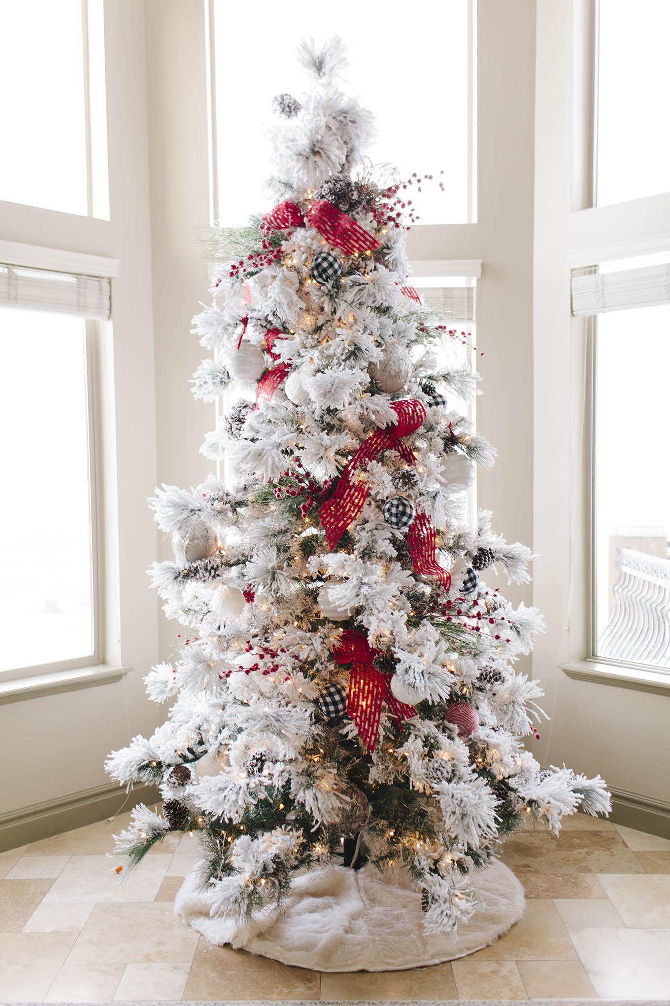hello fashion christmas tree