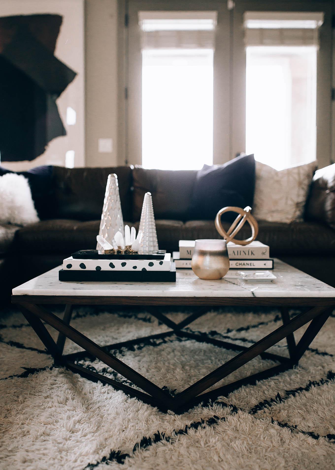 hello fashion living room details