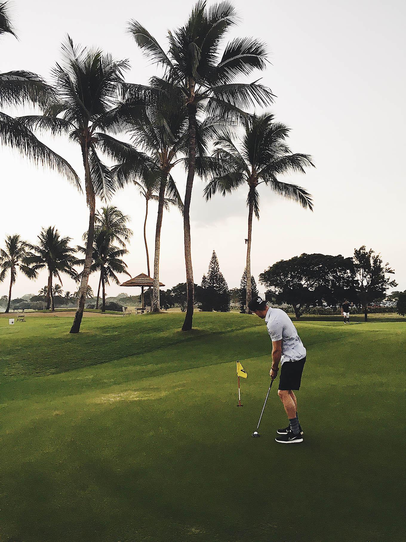 golfing in oahu