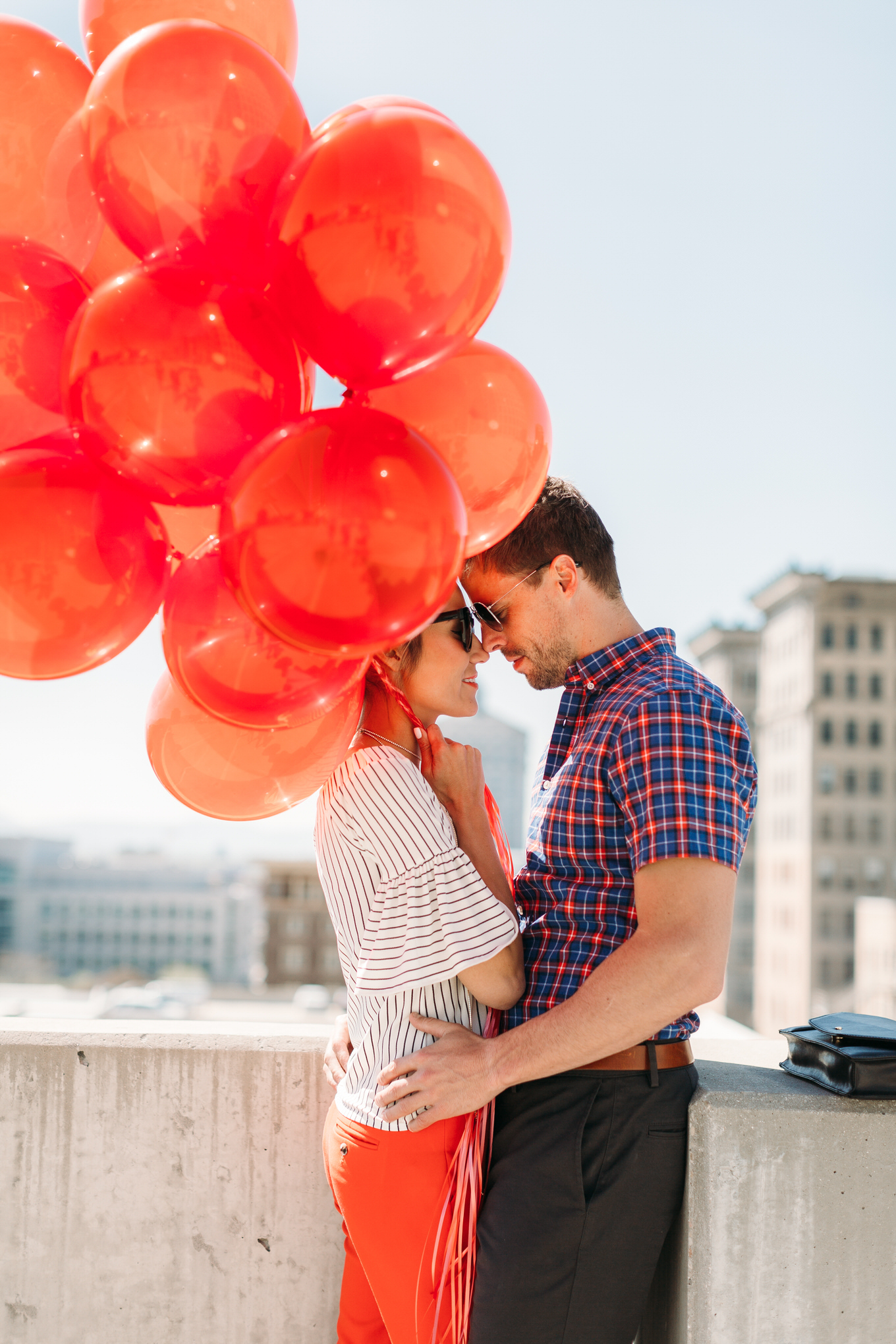 ideas for engagement photo shoot