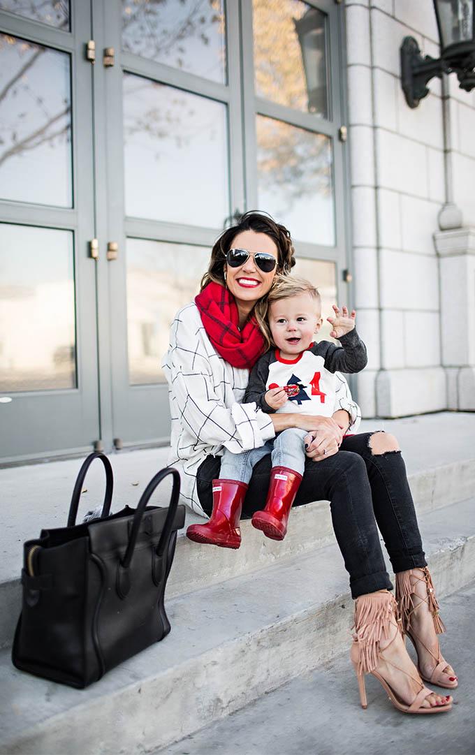 Beckam Waving in Red Hunter Boots Hello Fashion Blog