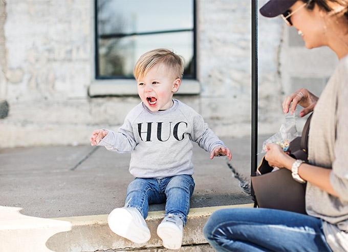 Hug Sweatshirt ILY COUTURE