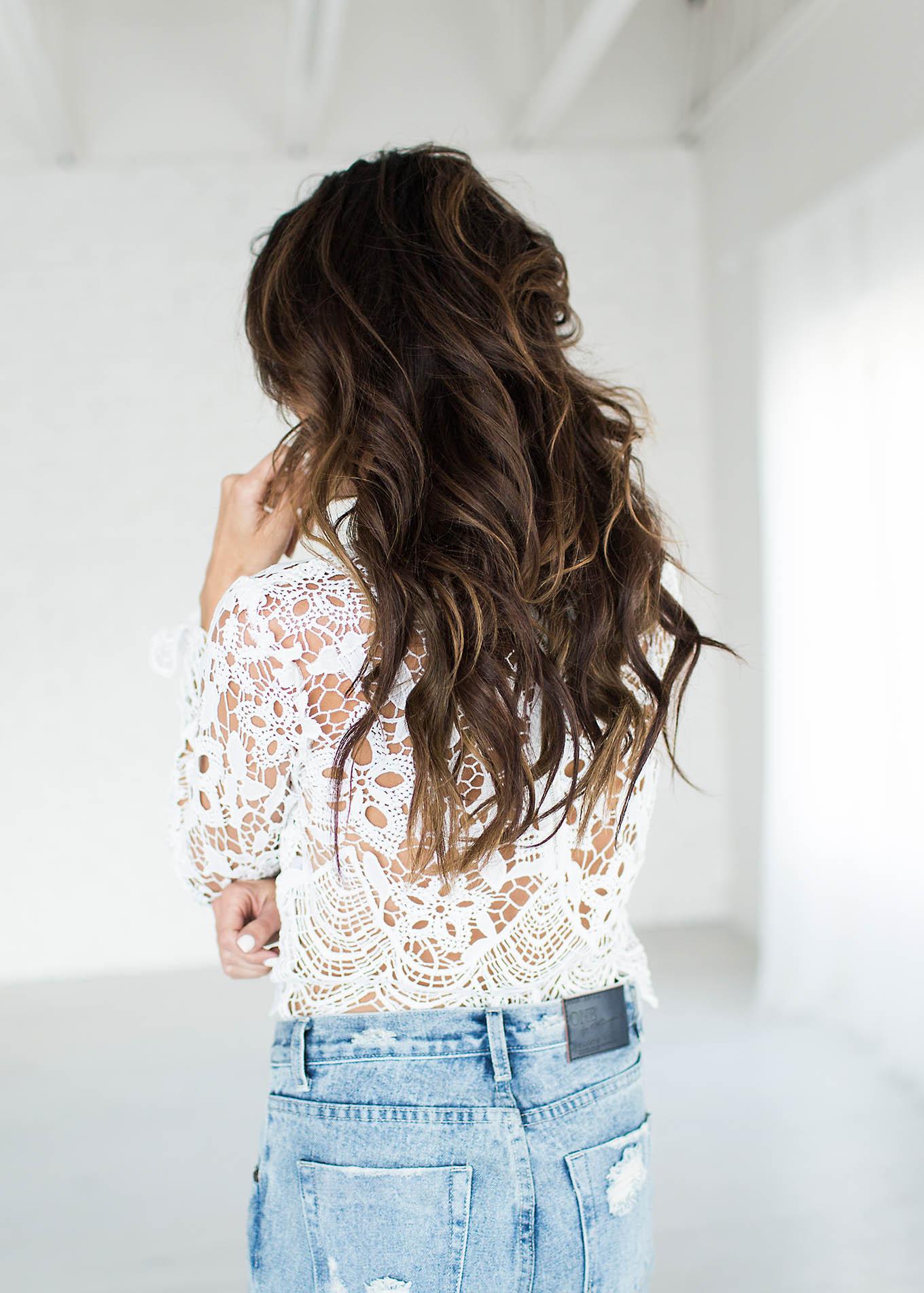 Loose messy curls