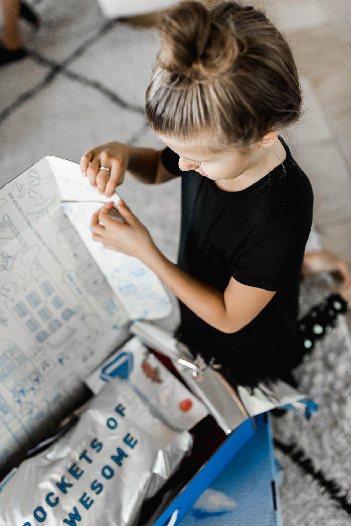 kids clothing subscription box