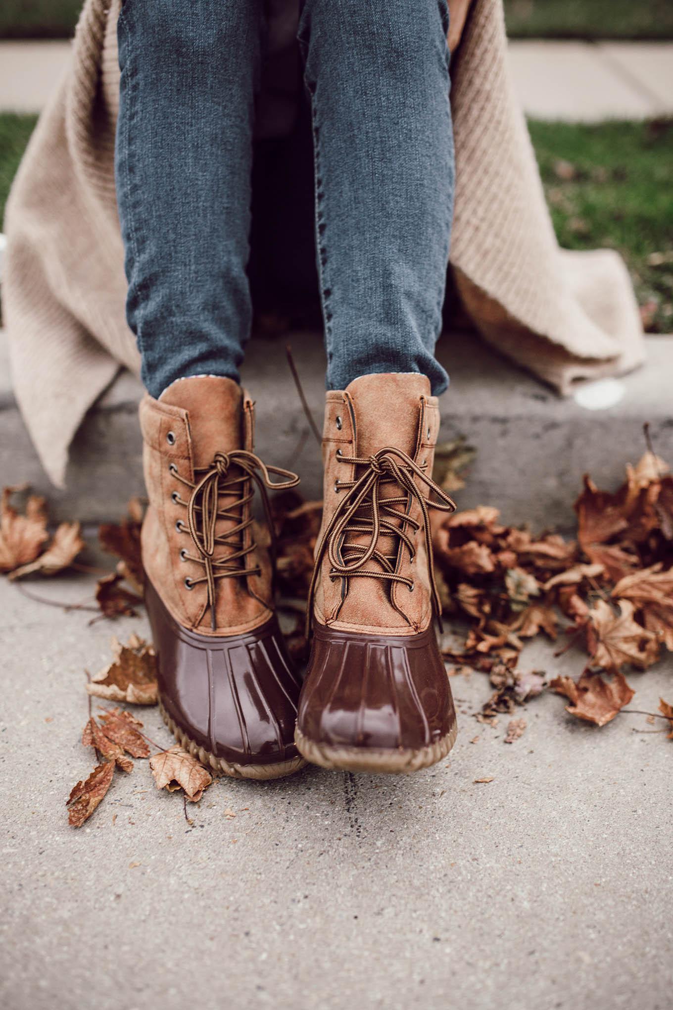 duck boots hello fashion