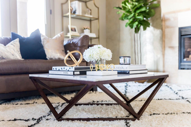 coffee table decor idea