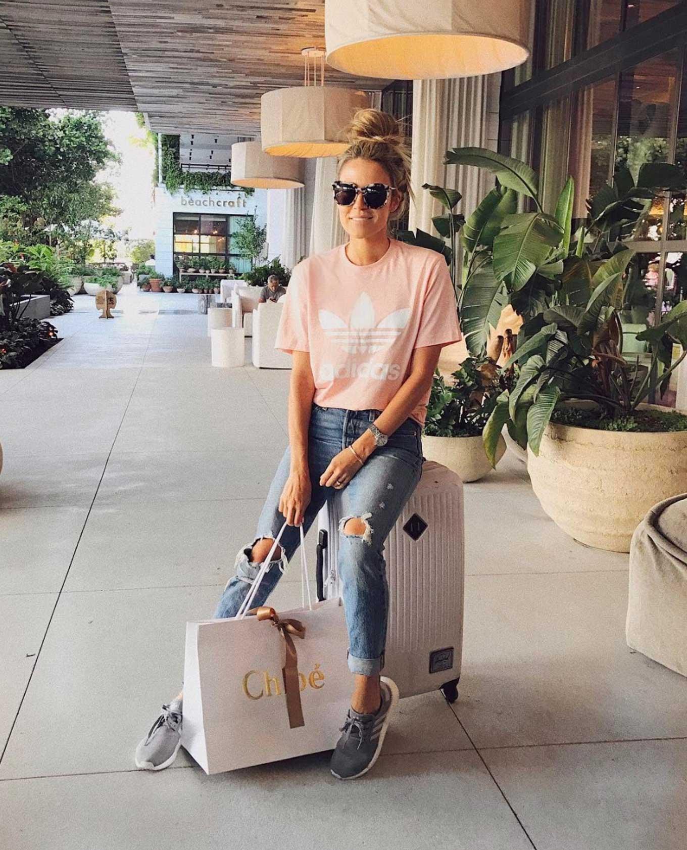 hello fashion airport style