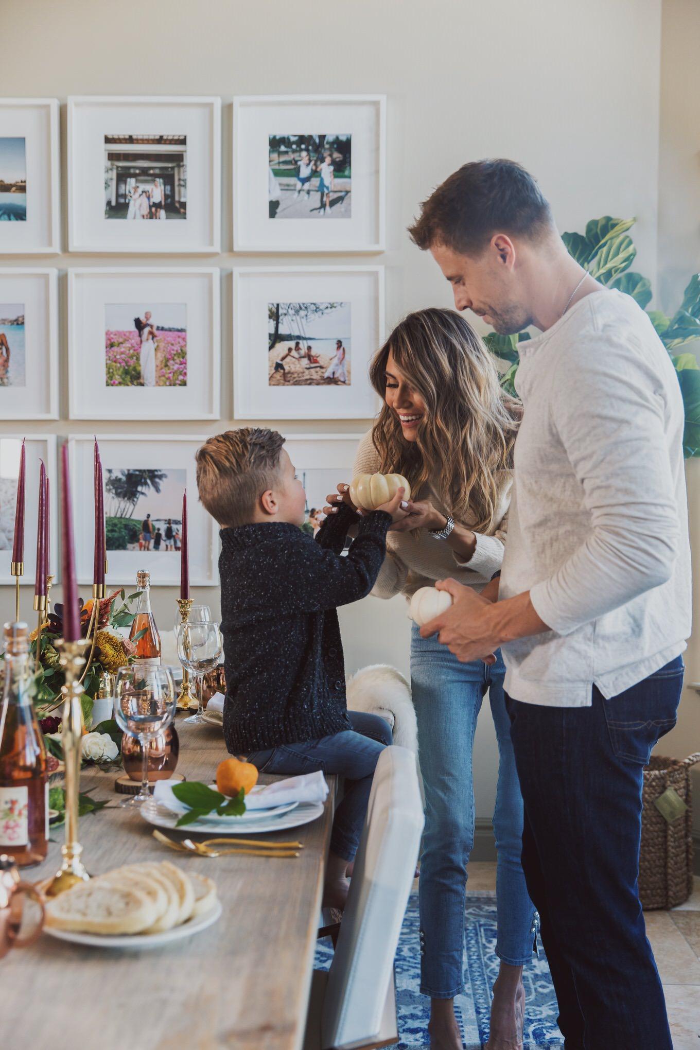 family thanksgiving decor