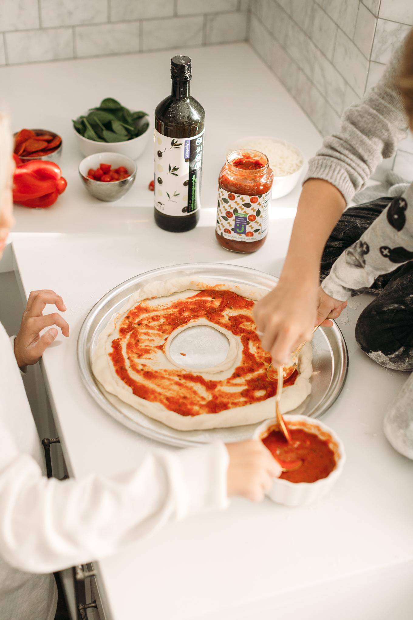 uniquely j pasta sauce