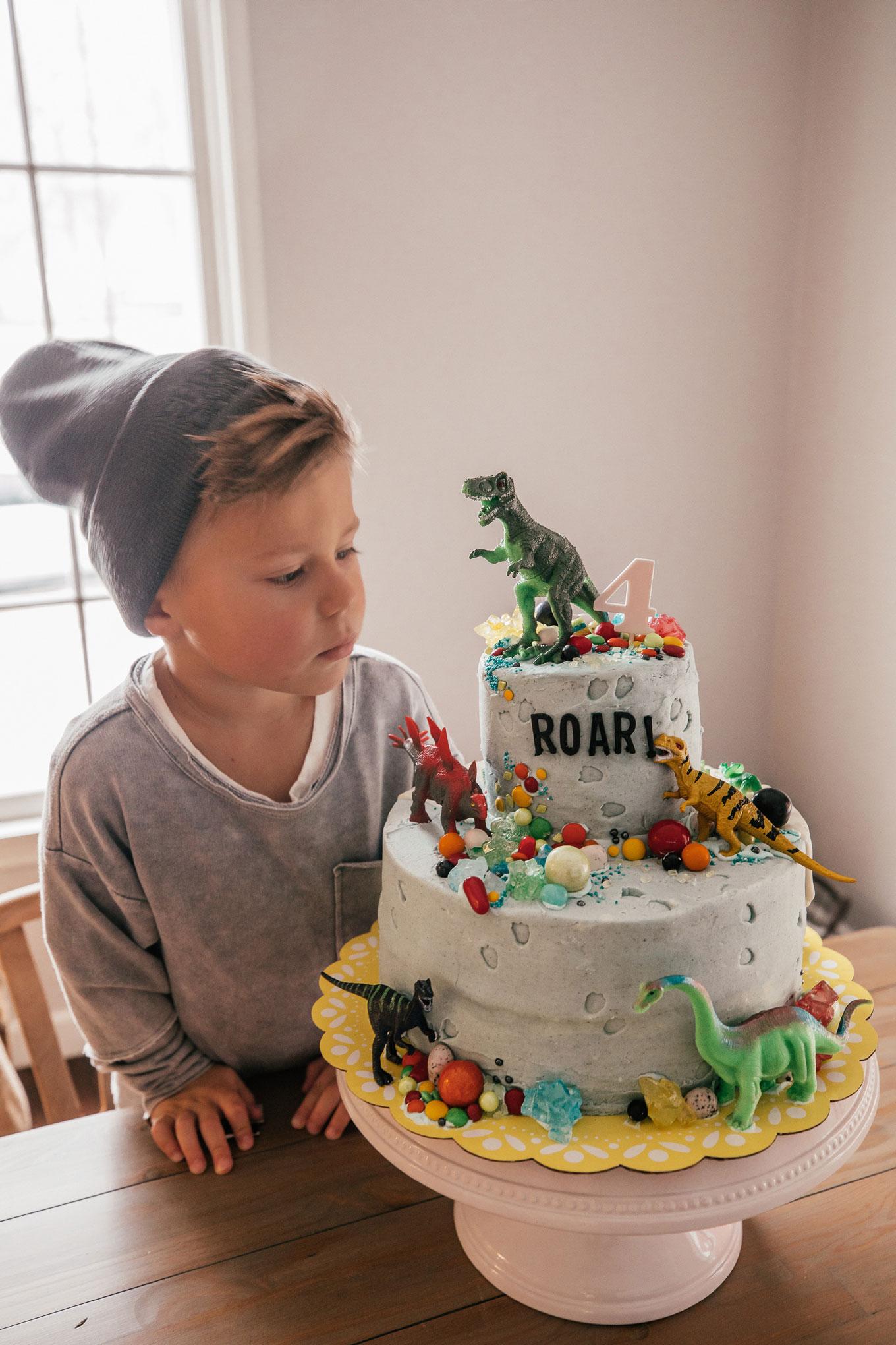 Boys Dino Cake