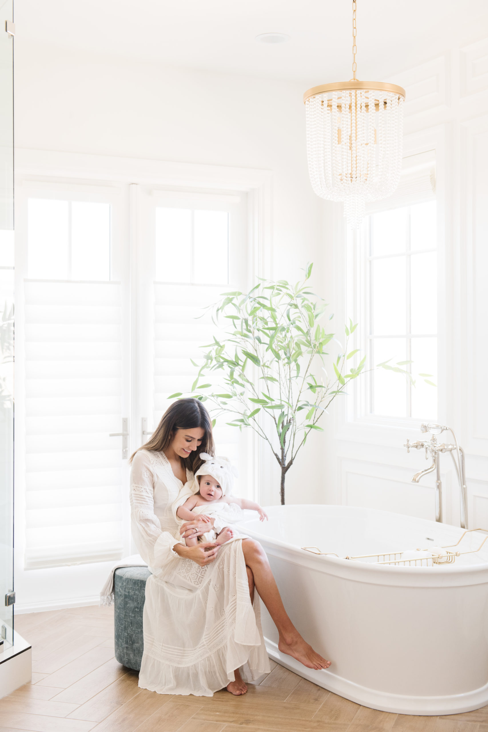 mom son bath time