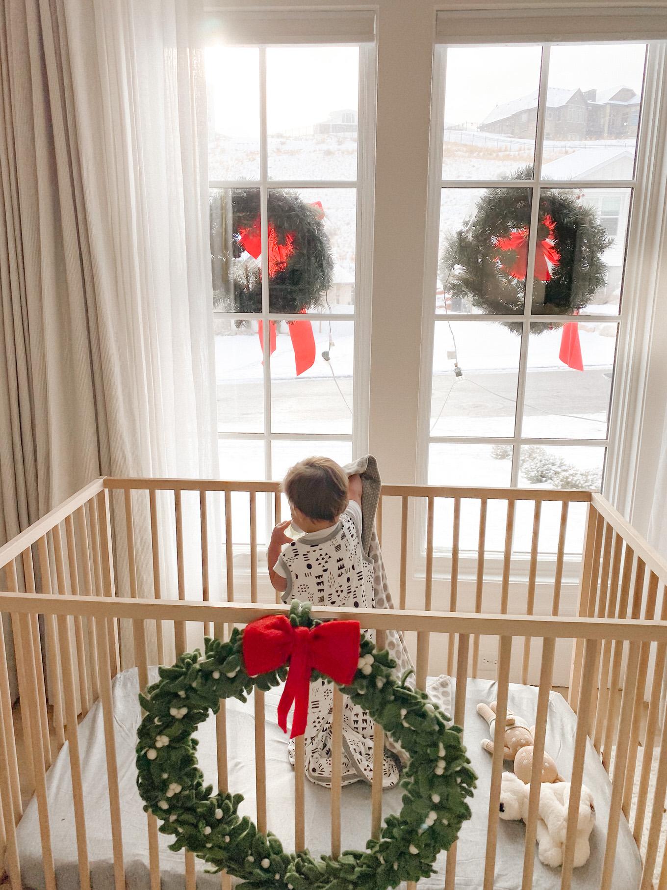 christmas crib decor