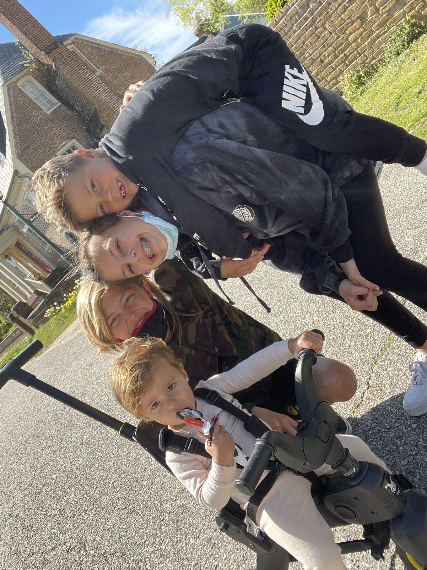 andrew family travels