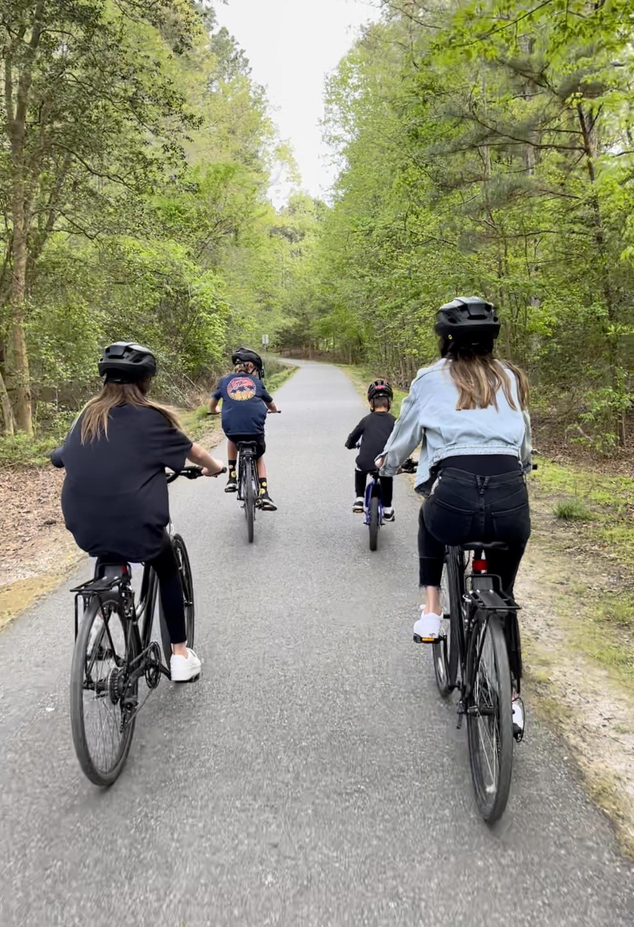 bike riding in williamsburg